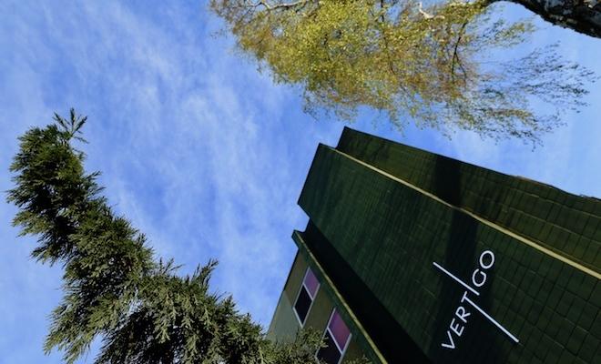 vertigo feelings with trees and buildings